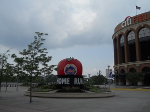 Original home run apple - Citi Field
